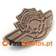 Pines personalizados para motociclistas Chapter.
