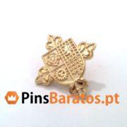Pins promocionais em cor ouro Escudo