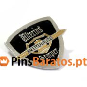 Pins promocionais Intruders