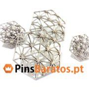 Fabricantes de pins personalizados em cor prata